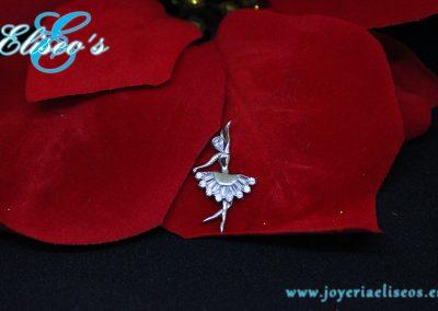medallita-bailarina-oro-blanco-regalo-navidad-joyeria-eliseos-malaga