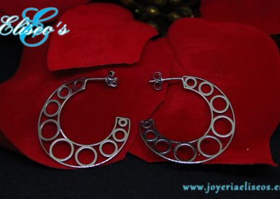 pendientes-herradura-oro-blanco-regalo-navidad-joyeria-eliseos-malaga