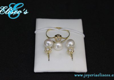 conjunto-pendientes-anillo-oro-engastes-perlas-joyeria-eliseos-malaga