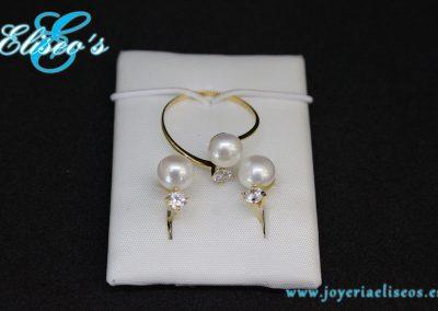 conjunto-pendientes-anillo-oro-flor-perla-joyeria-eliseos-malaga