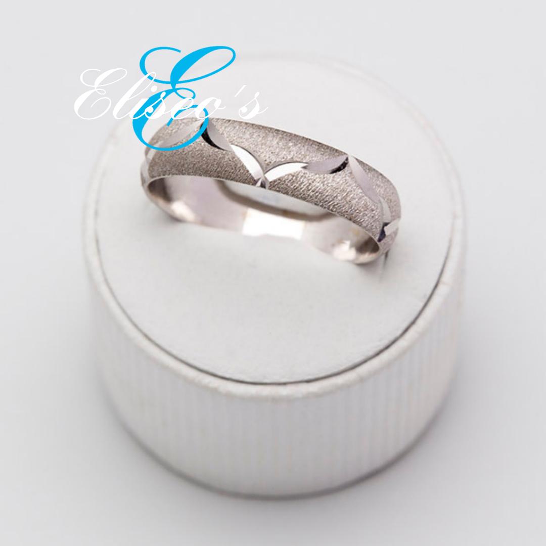 anillo de oro blanco de boda